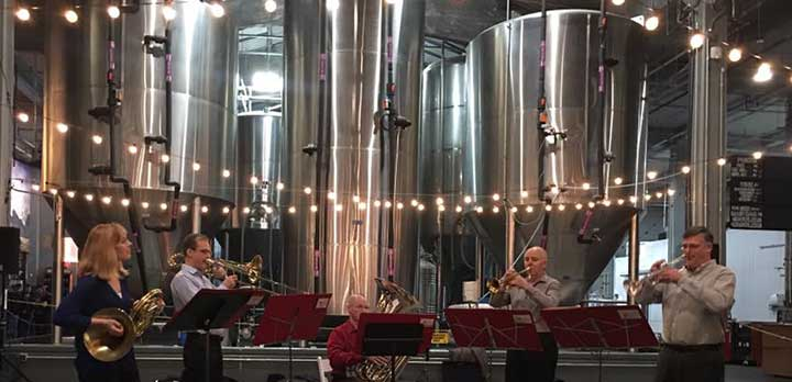 5 CSO musicians perform at a brewery